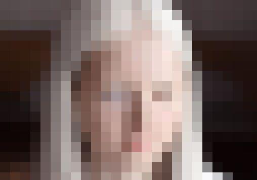 ロシアでアルビノ×オッドアイの美少女が発見される!マジで人形みたいなんだけど!!