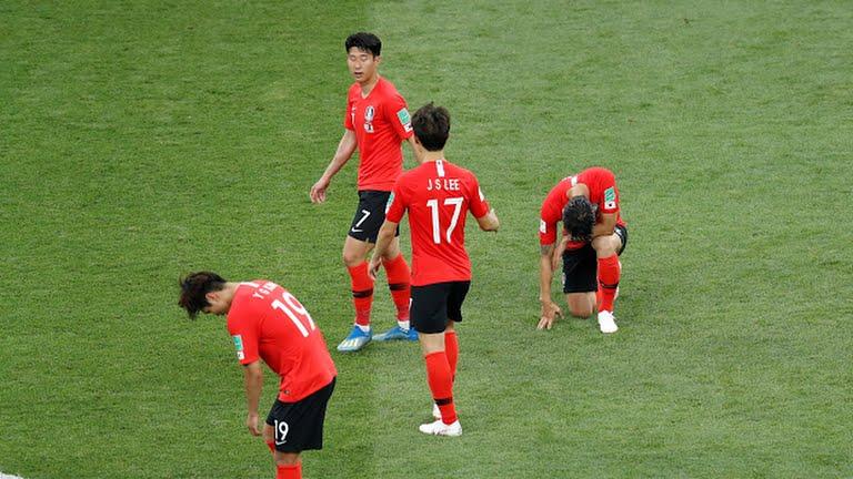 【悲報】W杯、韓国がメキシコに1-2で負け、グループリーグ敗退濃厚へ!!もう日本しか残ってねぇ