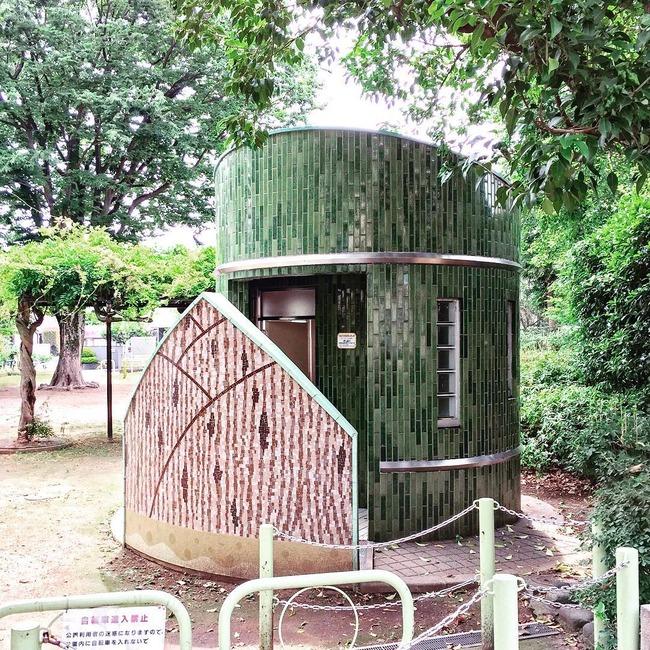 日本 公衆トイレ 多彩に関連した画像-04