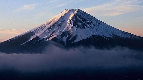 富士山30年ぶり遭難ゼロに関連した画像-01