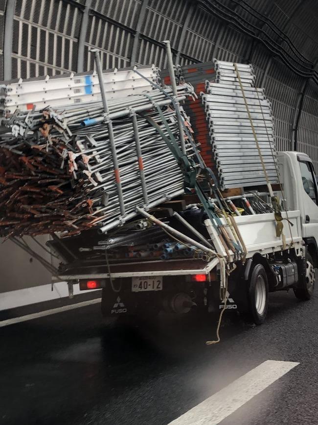 トラック 過積載に関連した画像-03