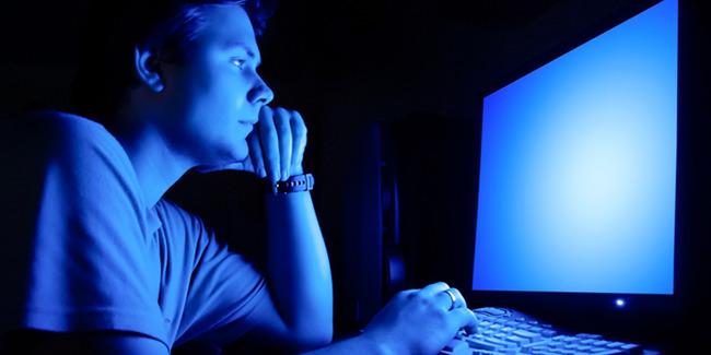 パソコン ウィルス 男性に関連した画像-01