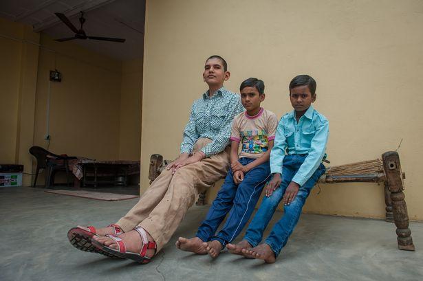 8歳 身長198cm インドに関連した画像-04