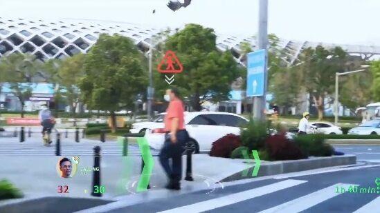 中国 車 フロントガラス 交通情報 投影 未来 SFに関連した画像-03