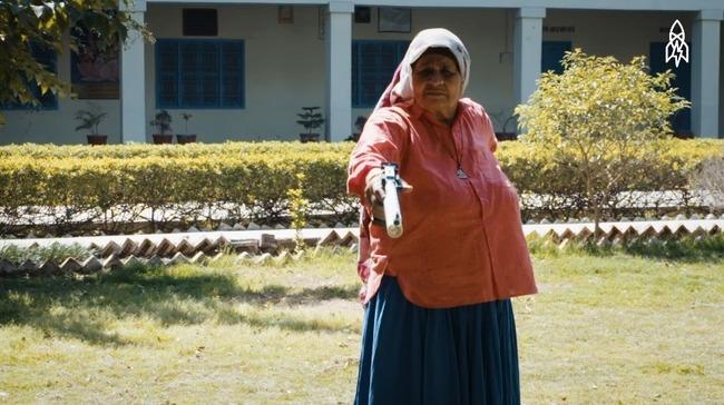 インド 84歳 スナイパーに関連した画像-01