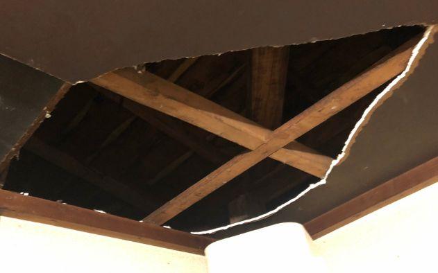 台風 屋根裏 不発弾 照明弾に関連した画像-01