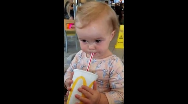 赤ちゃん コーラ リアクションに関連した画像-04