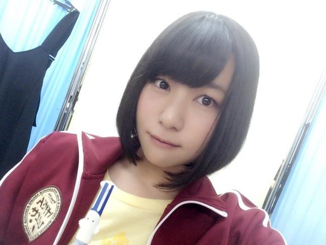 富田美憂 茶髪 ピアス 黒髪 声豚 オタク 声優に関連した画像-03