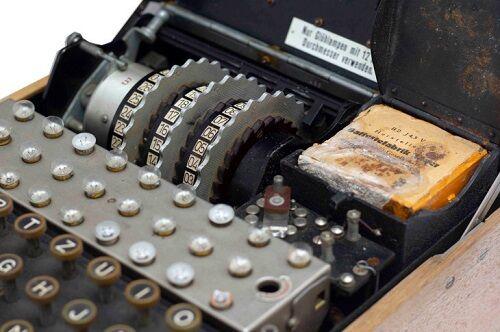 ナチス ドイツ 暗号機 エニグマ ダイバー 第二次世界大戦に関連した画像-01