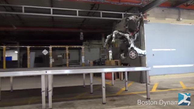 ボストン・ダイナミクス ロボット 2足歩行に関連した画像-13