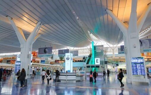 カタール空港未成熟児女性検査に関連した画像-01