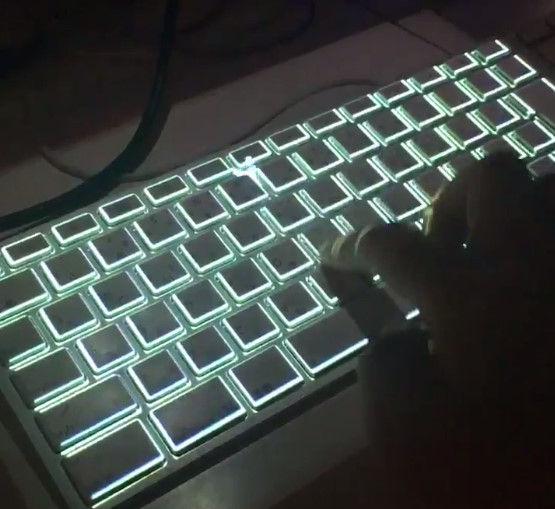 キーボード かっこいい おしゃれ 文字 キー 流れるに関連した画像-02