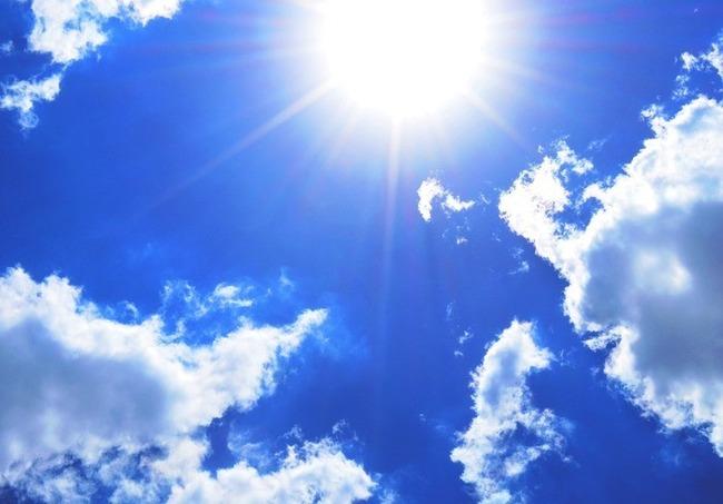 「光を浴びるとくしゃみが出る」日本人の4人に1人はこの反射現象が起きるらしいぞ!!