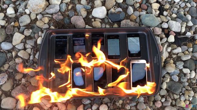 iPhone 燃やす 歴代 携帯 スマホ アップルに関連した画像-06