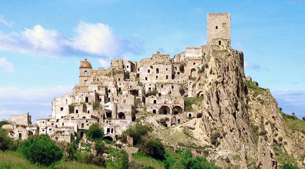 クラーコ イタリア 廃村 廃墟に関連した画像-01