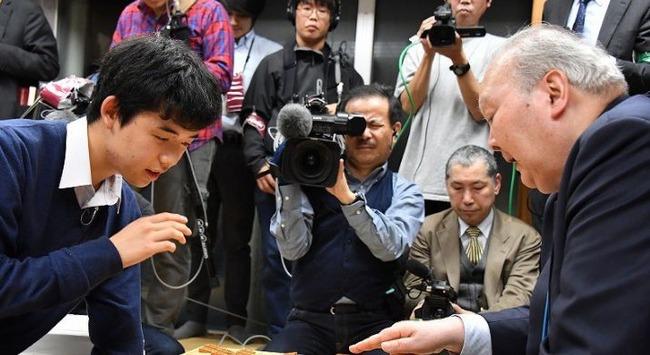 将棋 藤井聡太四段 加藤一二三九段に関連した画像-01