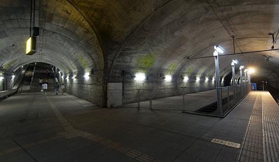 上越線土合駅ホームに関連した画像-01