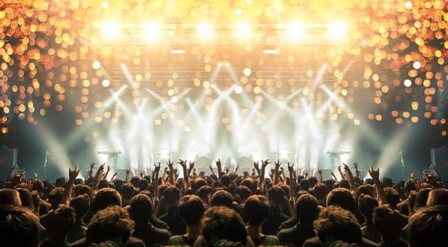 音楽事業者「無観客開催しろっていう要請やめてくれ。ライブやコンサートは決して感染リスクの高い場所ではないことを実績によって示してる」