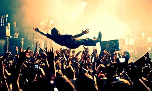 stage-dive-big