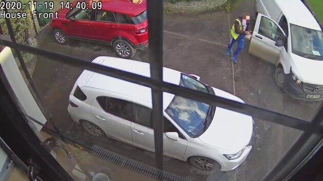 イギリス PS5 Amazon 配達員 監視カメラ 解雇に関連した画像-02