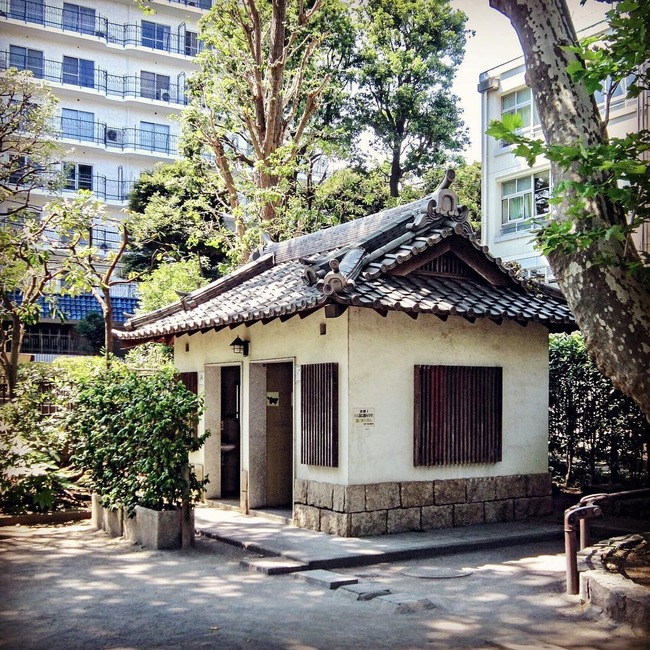 日本 公衆トイレ 多彩に関連した画像-05