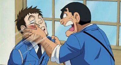 警察酔っ払い喧嘩に関連した画像-01