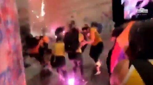 ホワイトハウス BLM デモ 暴動 衝撃映像公開に関連した画像-07