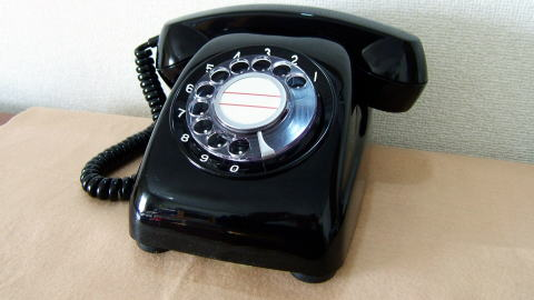 スマホ 黒電話 受話器 大好評 原点回帰に関連した画像-01