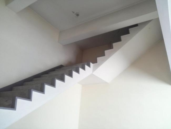 無人ビル 階段に関連した画像-03