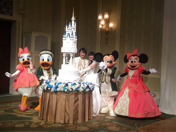西又葵 結婚式 ディズニーランド シンデレラ城 イラストレーター 三宅淳一に関連した画像-32