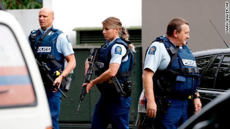 ニュージーランド 銃撃 犯人 生放送 ツイッター フェイスブックに関連した画像-01