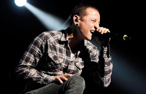 【訃報】世界的大人気ロックバンド『リンキン・パーク』のボーカル、チェスター・ベニントンさん(41)が死去 首吊り自殺か