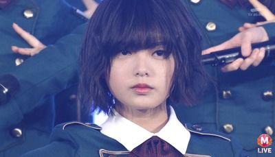 AKB 欅坂46 平手友梨奈 コンサート ステージ 落下 救急搬送に関連した画像-01