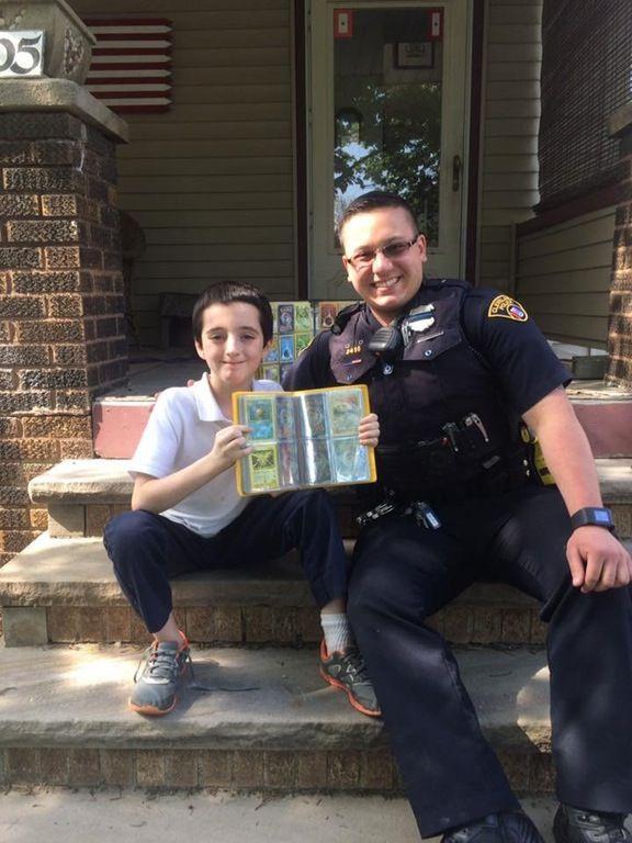 宝物 ポケモン ポケモンカード 少年 警察官 神対応 レアカード 世界に10枚 に関連した画像-05