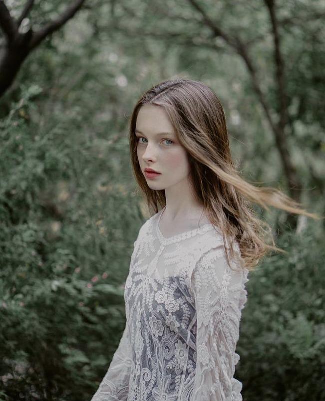 ミラナ・アンジェラバ 美女 絵画に関連した画像-03