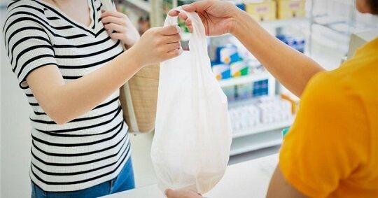 【本末転倒】レジ袋有料化で辞退率70%!!→ごみ袋として使うためにネット通販で買う人が急増、売上が3倍に増加してしまう