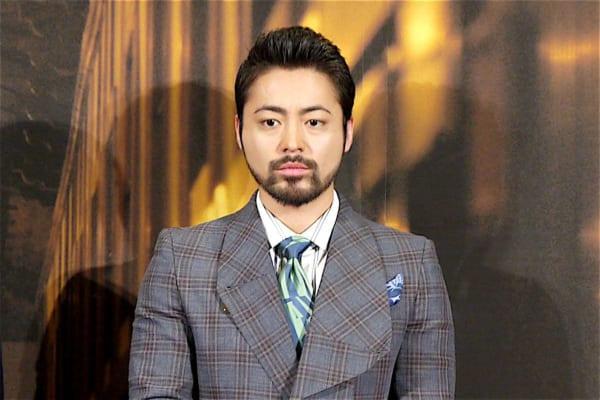 NHK Eテレ 植物に学ぶ生存戦略 山田孝之 胸毛 ヘクソカズラに関連した画像-01