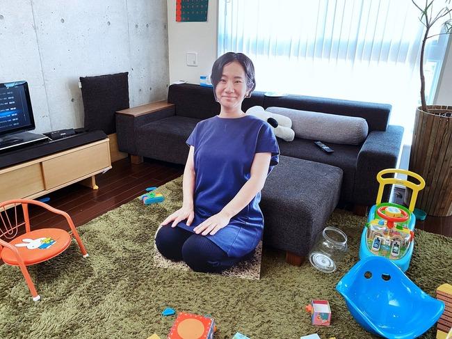 母 1歳児 泣く 対策 等身大パネルに関連した画像-04