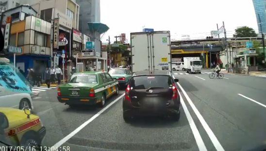 ドライブレコーダー 歩行者 車に関連した画像-10