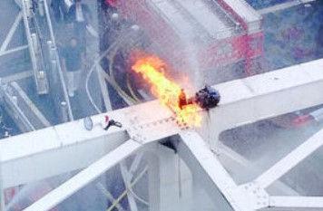 新宿駅 焼身自殺に関連した画像-01