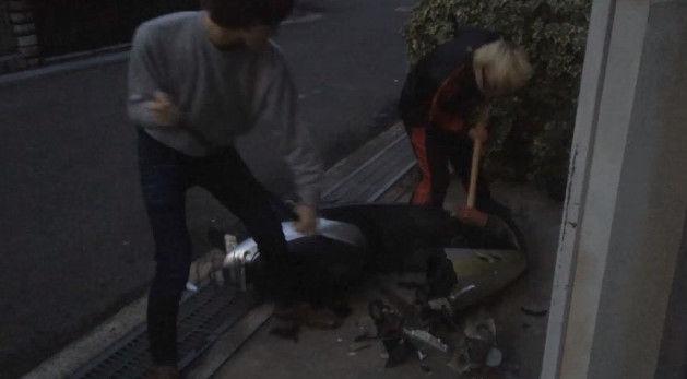PS4 破壊 親父 ハンマー たむちん 逆襲 原付バイクに関連した画像-08