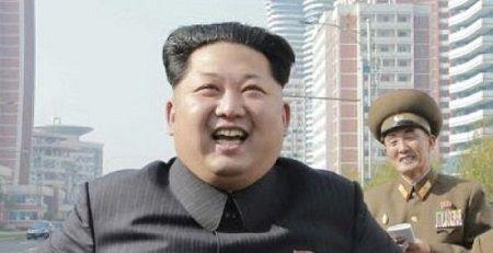 GU ファッション 金正恩 軍服 北朝鮮に関連した画像-01