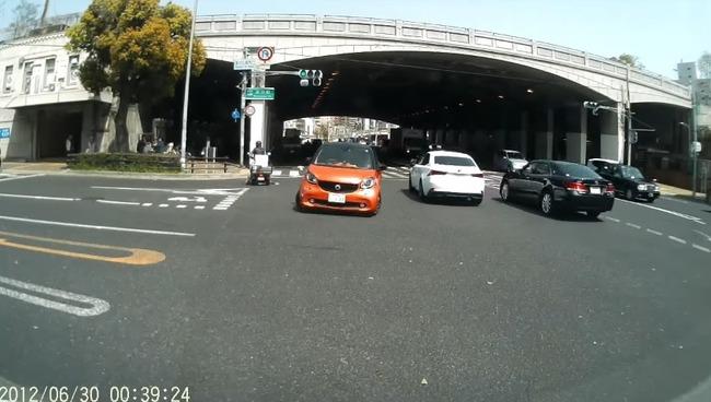 高齢ドライバー 危険運転 神戸に関連した画像-05
