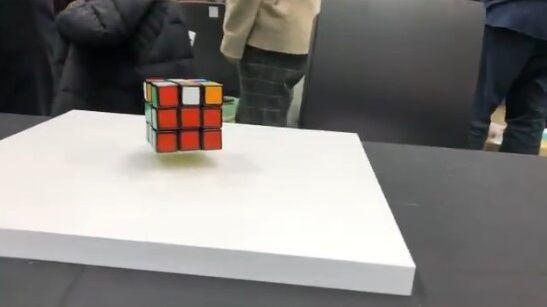 ルービックキューブ 浮遊 自動に関連した画像-02