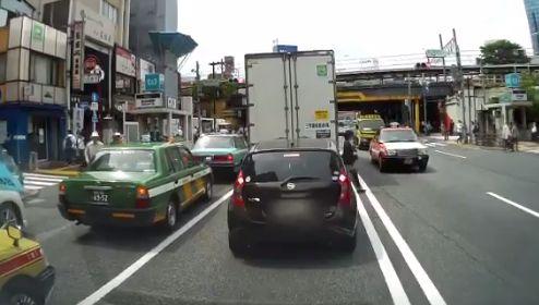 ドライブレコーダー 歩行者 車に関連した画像-01