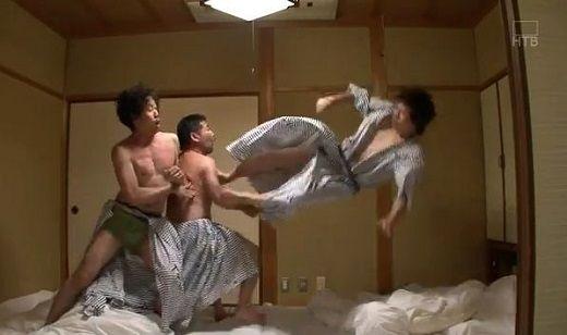 飛び蹴りに関連した画像-01