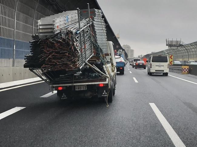 トラック 過積載に関連した画像-02