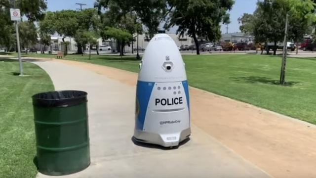 アメリカ ロボット警官 に関連した画像-03