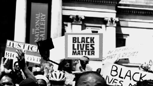 ホワイトハウス 黒人差別 通り 市長 改名 ワシントンに関連した画像-01