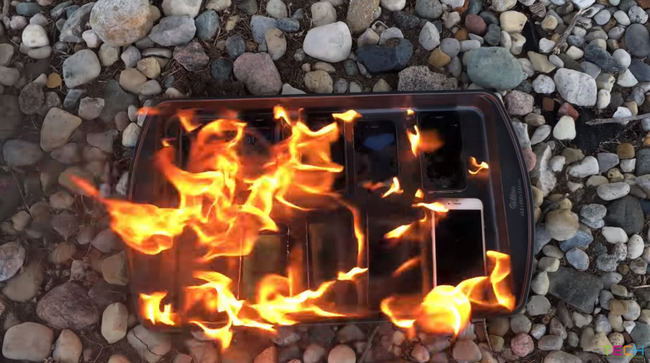 iPhone 燃やす 歴代 携帯 スマホ アップルに関連した画像-07